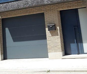 sectionaal poort en voordeur